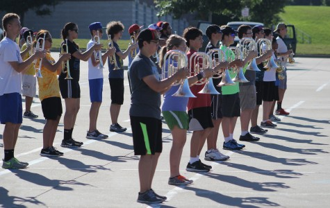 Roo Band Prepares For Rodeo Parade